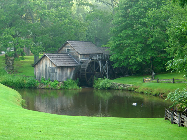 Photo - Mabry Mill on the Blue Ridge Parkway