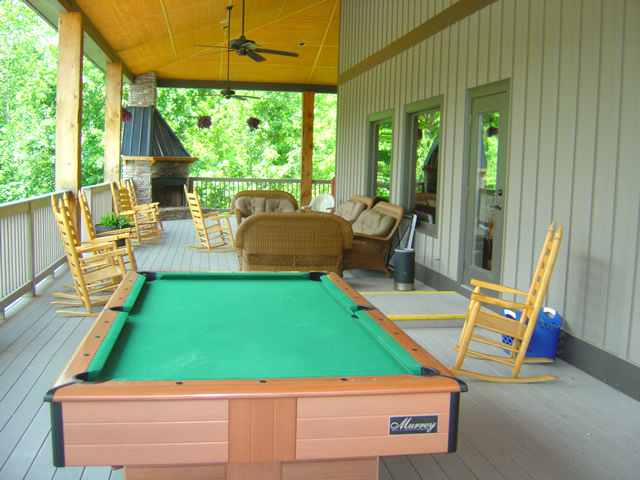 Photo - view of the porch at the Lodge at Copperhead