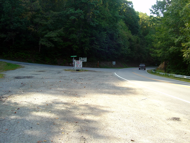 Photo _ view of start of road from US 321
