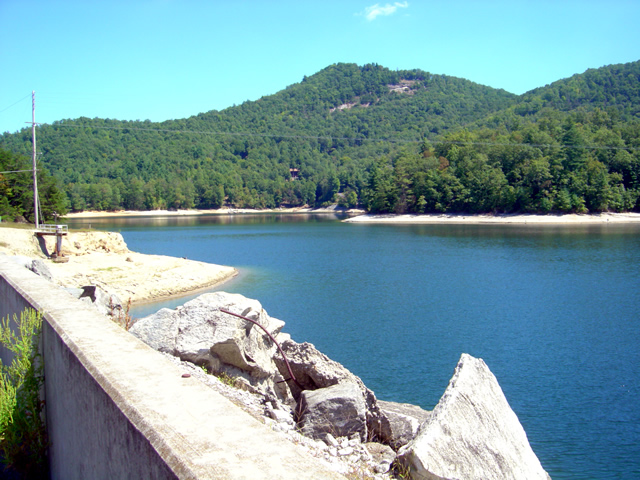 Photo - view from the Wolf Creek Dam