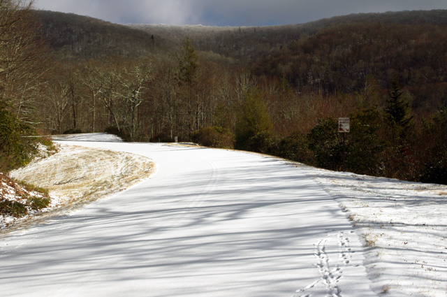 Photo - Snow on Blue Ridge Parkway