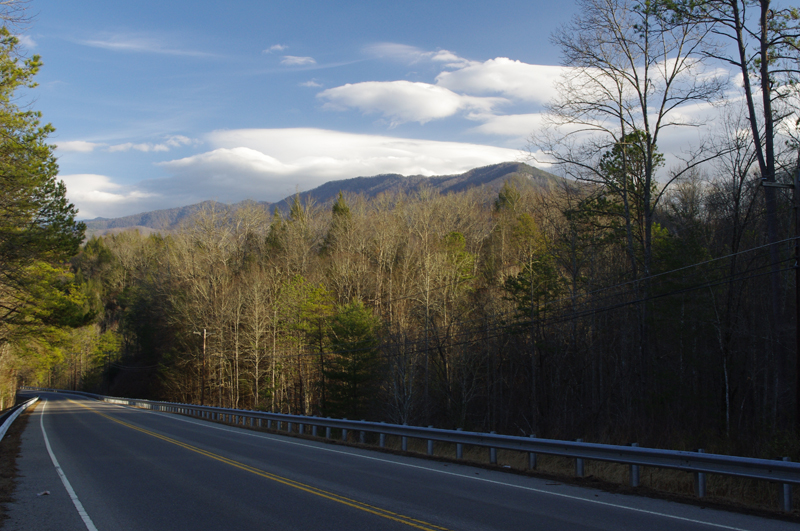 Photo-US-321-north-of-great-smoky-mountains-national-park