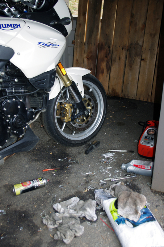 Photo-wind-storm-causes-motorcycle-damage