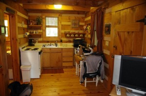 Photo-Fiddlers-Roost-cabins-kitchen