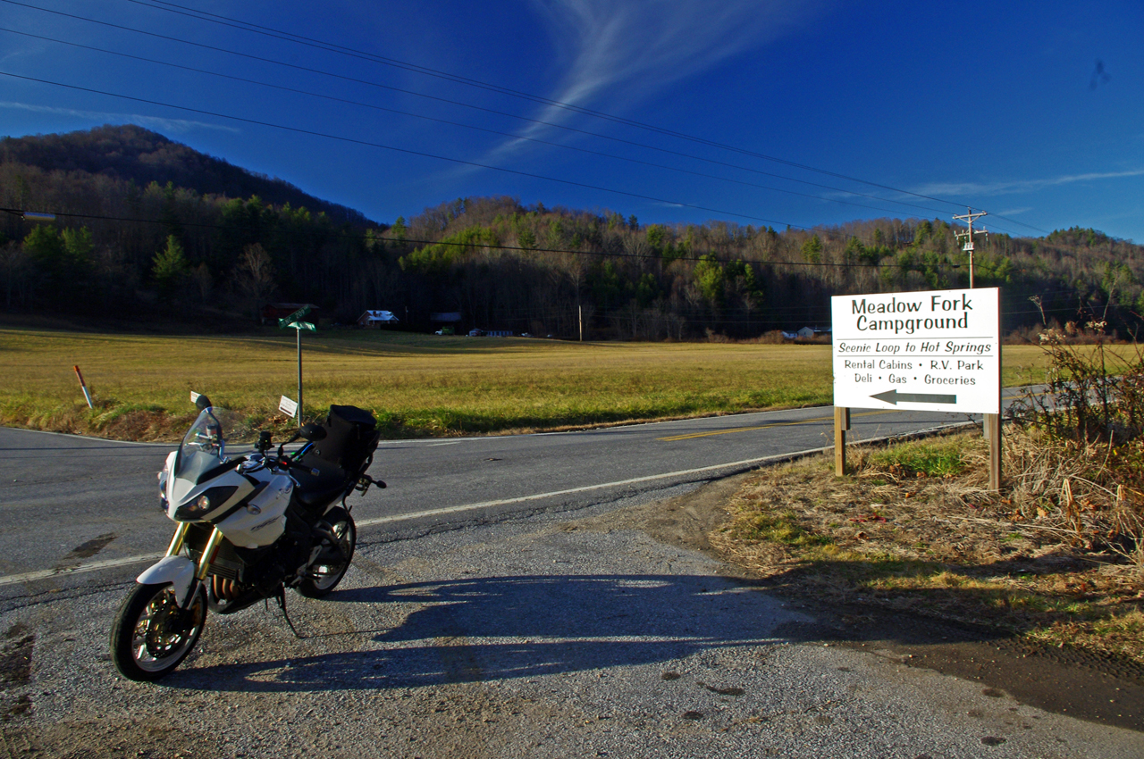 photo-NC209-The-Rattler-motorcycle-ride-campground-sign