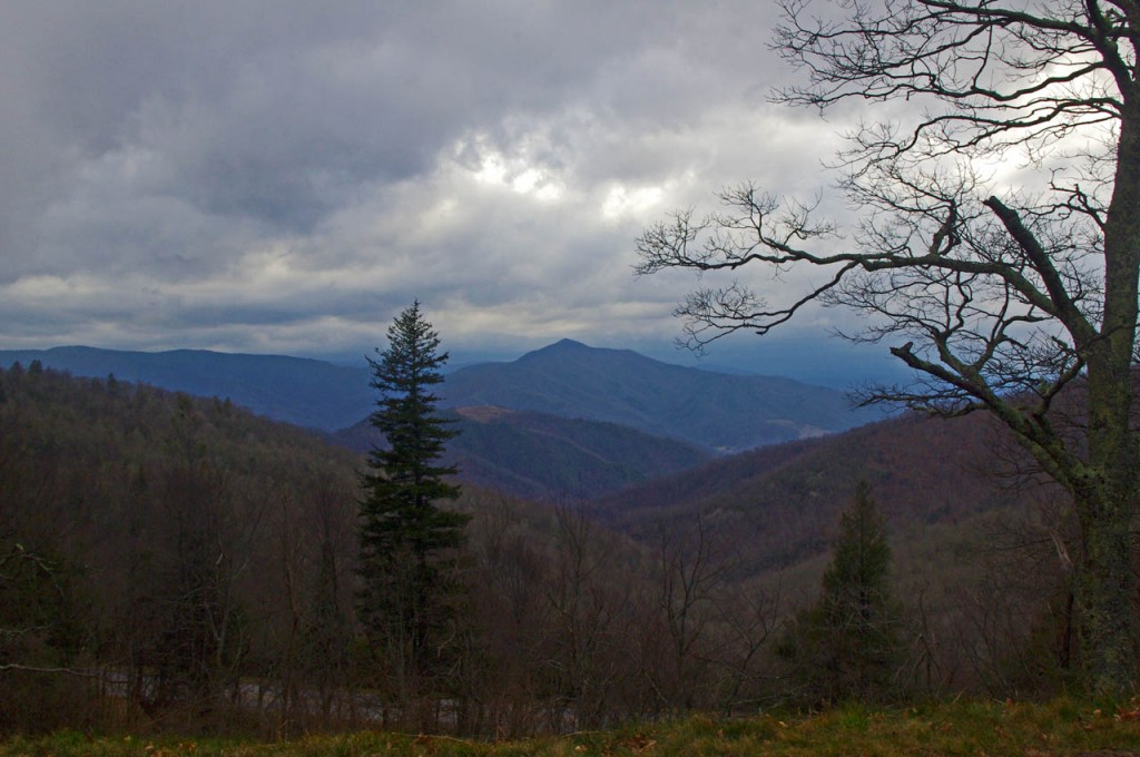 photo-winter-view-of-cold-mountain