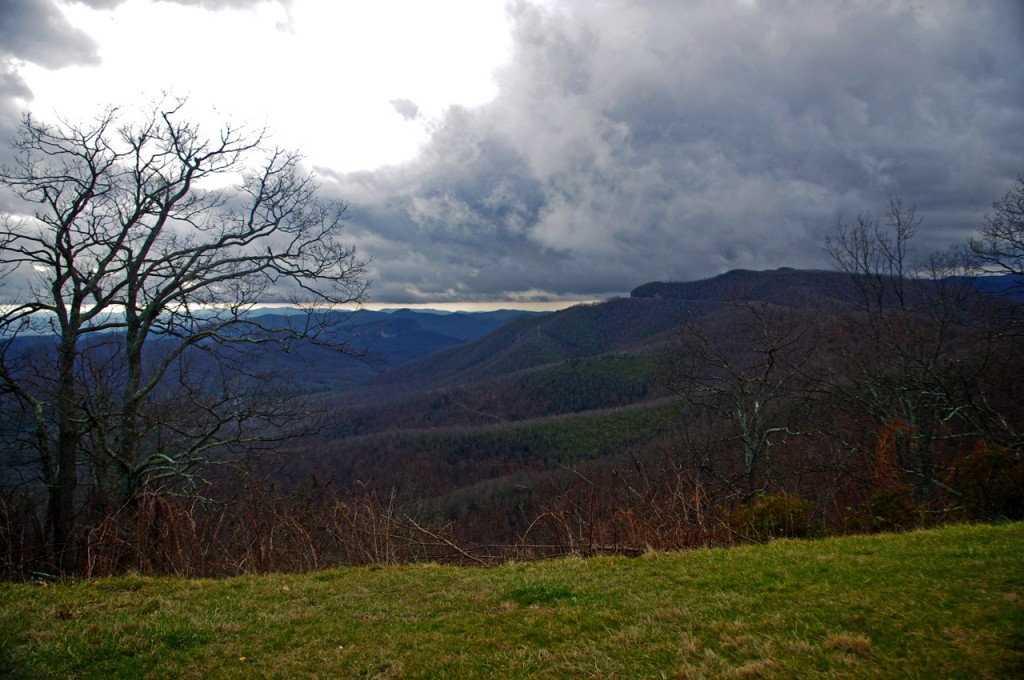 photo-clouds-on-the-blue-ridge-parkway