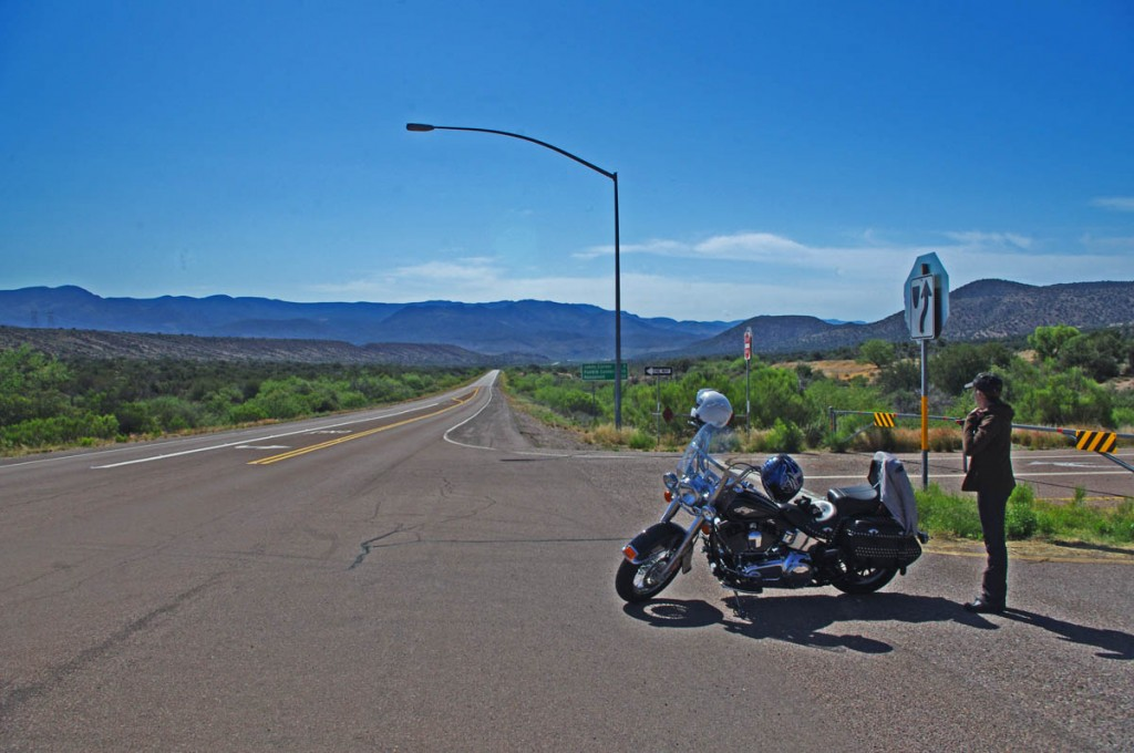 Motorcycle Rides in Arizona: Sedona, Scottsdale area - Turning on to Route 188