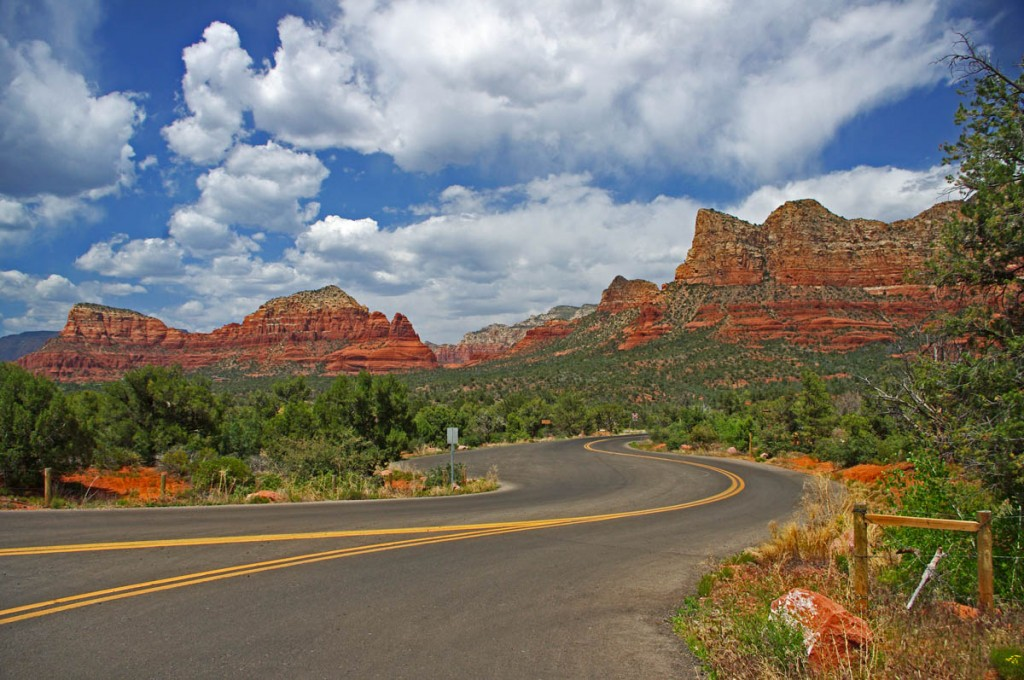 Motorcycle Rides in Arizona: Sedona, Scottsdale area - Some of the best and easiest views are right along Route 197 south of Sedona.