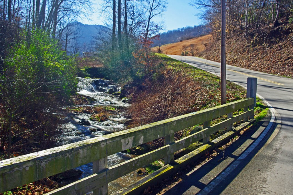 Best Motorcycle Rides in North Carolina - Willow Creek Rd