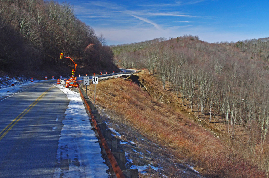 Landslide on the Cherohala Skyway - Temporary stoplights